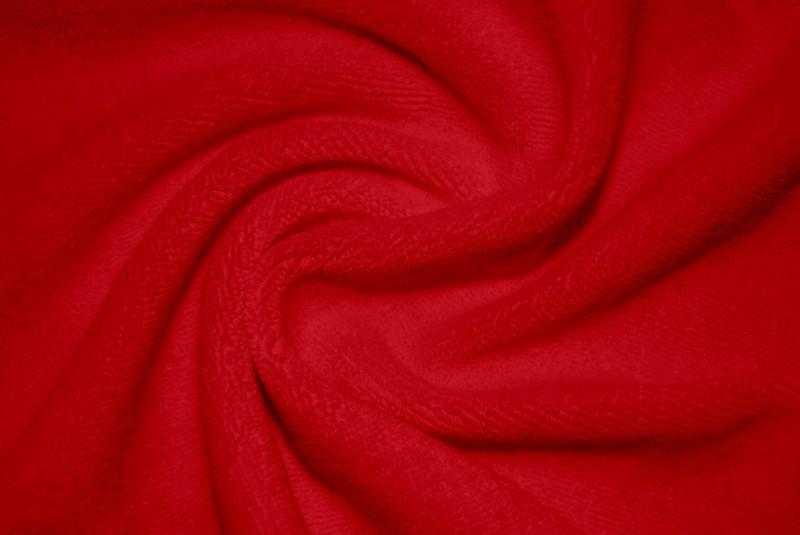 Красный 8